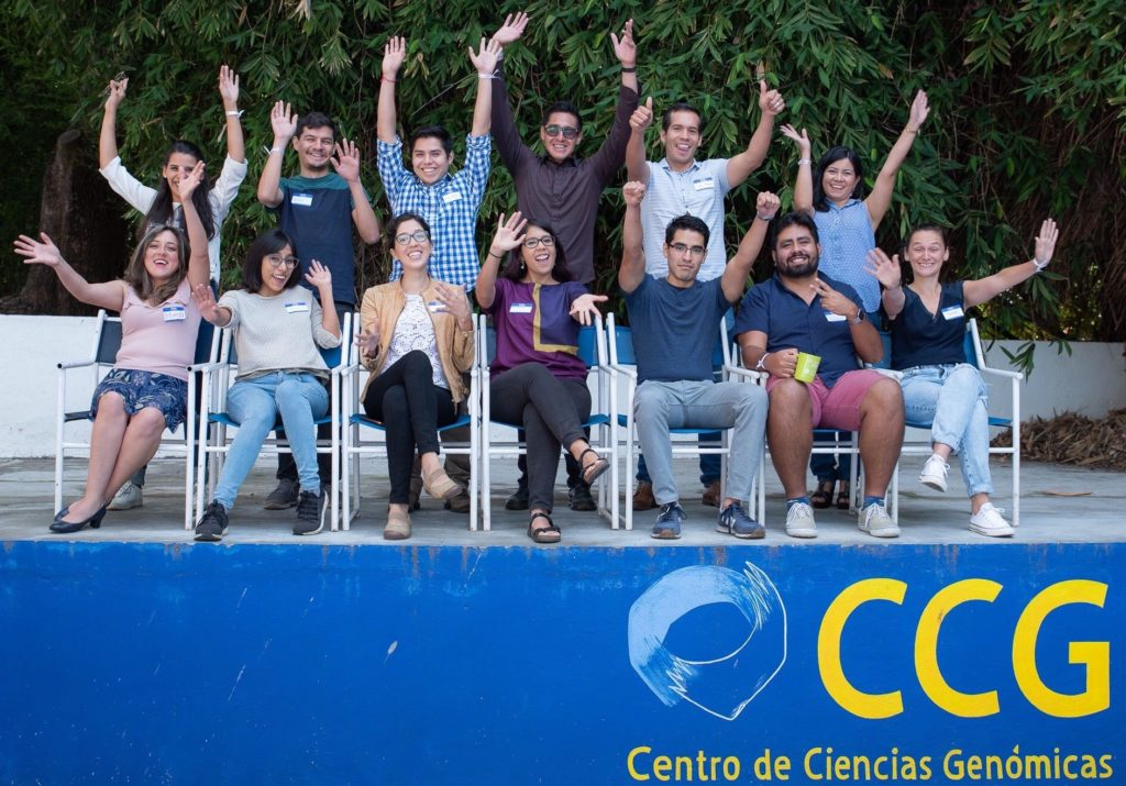 Community of Bioinformatics Software Developers (CDSB): The story of a diversity and outreach hotspot in Mexico that hopes to empower local R developers